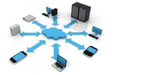 figura con una nuvola al centro da cui si diramano frecce verso vari dispositivi: PC, smartphone, portatili, tablet, ecc...