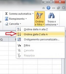 Parte di schermata di Excel dove è indicato da una freccia rossa il comando Ordina dalla Z alla A