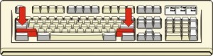Tastiera con i tasti di Shift colorati in rosso ed indicati da due frecce rosse