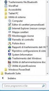 Tendina di menu aperta sui programmi Utilità di sistema
