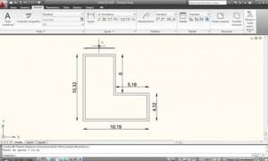 Schermata CAD con un disegno geometrico con quote