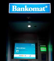 fotografia di un terminale Bancomat